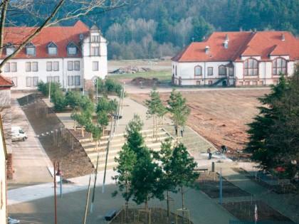Place d'Armes et place Bizot – Bitche (Moselle)