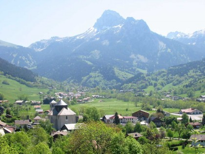 Étude de classement du massif de la Dent d'Oche (Haute-Savoie)
